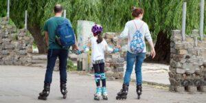 Κάντε ρόλερς μαζί με τα παιδιά σας